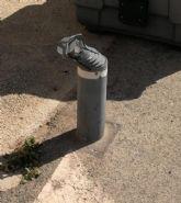 PP: el pueblo sigue sucio, sin limpiar, con desperfectos y desaparición de mobiliario urbano