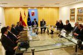 El presidente Fernando López Miras recibe al grupo de opinión ´Los Espectadores´