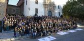 Cerca de mil deportistas UCAM participan en la ofrenda floral a la Fuensanta